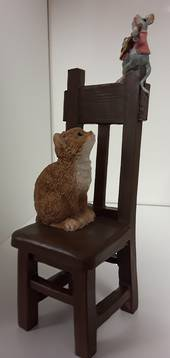 Cat & Mouse on Chair