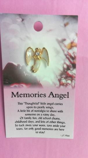 Memories Angel Pin