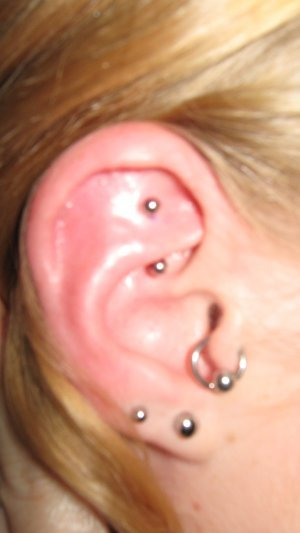 Tongue Piercing Tips pictures